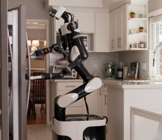 robot toyota realidad virtual